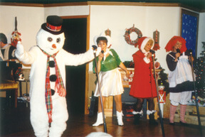 """""""Old Fashioned Christmas"""" at the Pine Box Theatre"""