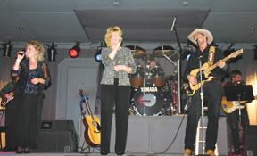 Tammy Sue Hogan, Ronna Bemis, Brad Magness