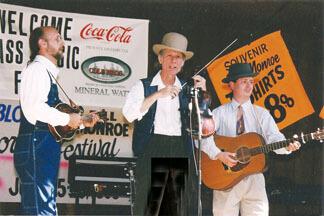 John Hartford (center) at Bean Blossom