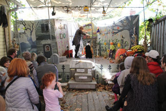 Melchior Marionettes Halloween